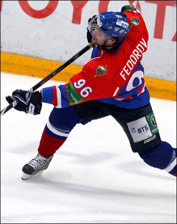 https://img.championat.com/i/article/23/16/1355862316_b_evgenij-fjodorov-v-khk-mvd-2010-god.jpg