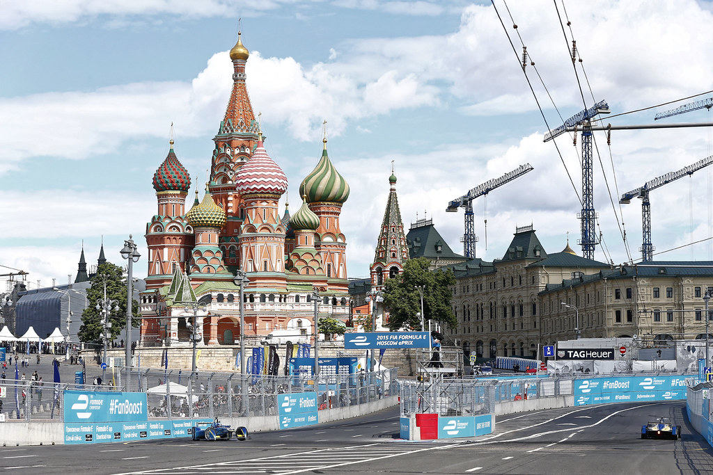 &quout;AUTO - FORMULA E MOSCOW 2015&quout; by RENAULT SPORT is licensed under CC BY-NC-ND 2.0